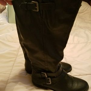 Black Madden Girl size 8 boots